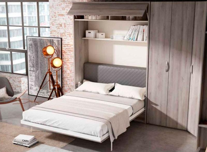 Dormitorio de matrimonio pequeño con cama abatible de 150